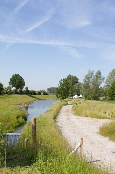moenebroekbeek1.jpg