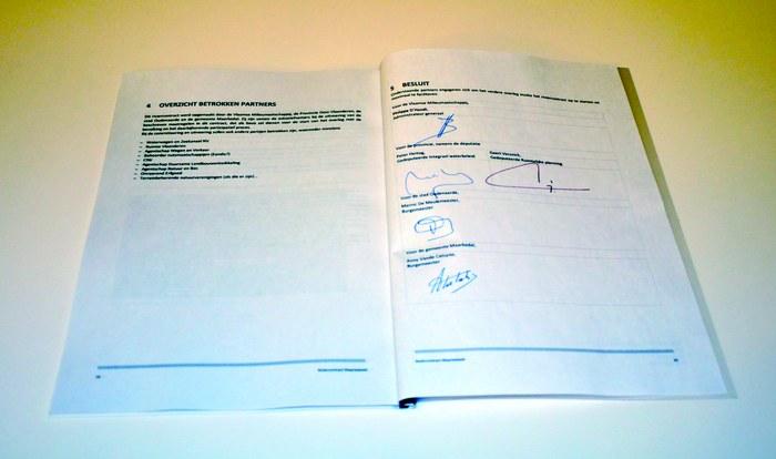 Ondertekening riviercontract 2