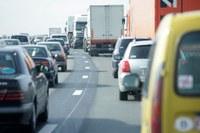 Luchtkwaliteit in Vlaanderen verbetert, aandeel huishoudens en verkeer stijgt