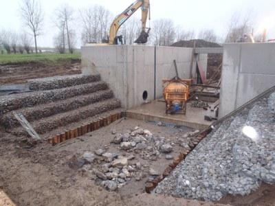 Foto bouw stuw Zuunbeek Sint-Pieters-Leeuw